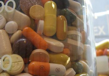 Hoe een verpakkingsbedrijf medicijnen verpakt in blisterverpakkingen en sachets